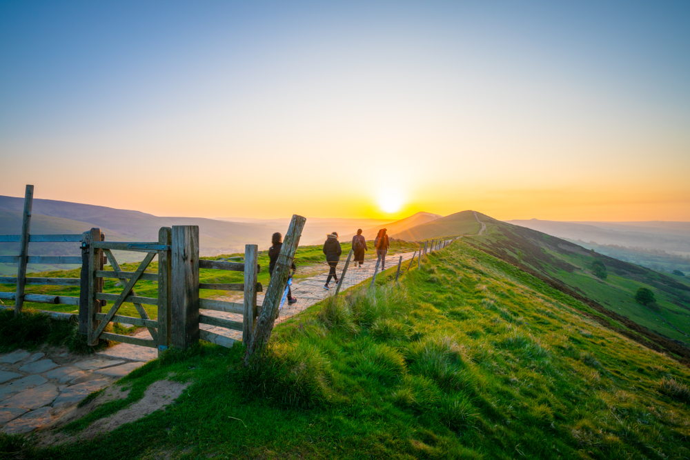 Great Walks in the Peak District and Derbyshire